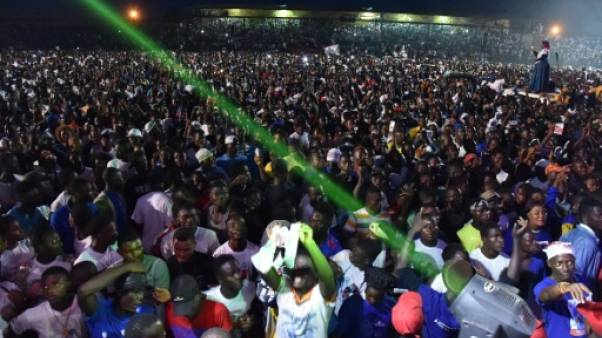 Au Liberia, prières, lance-flammes et foules en fin de campagne électorale