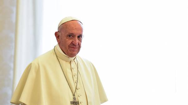 Pope to get closer to heavens with call to space station