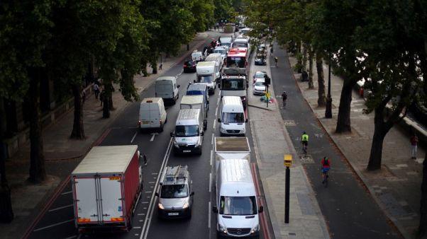 Average UK motor insurance premium falls 1.1 percent in third quarter - survey