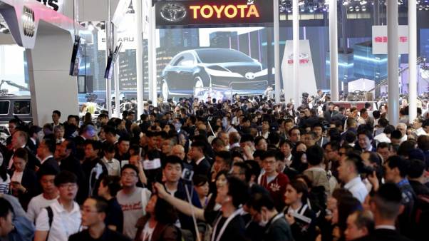 Japan carmakers enjoy cruise in China fast lane