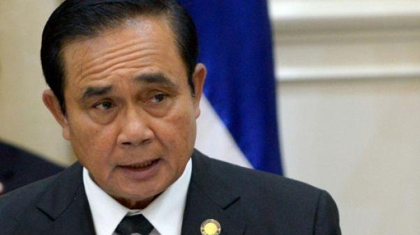 Thaïlande: le chef de la junte promet des élections en novembre 2018