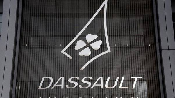 Dassault Aviation shares fall after CEO warns of Falcon 5X delay