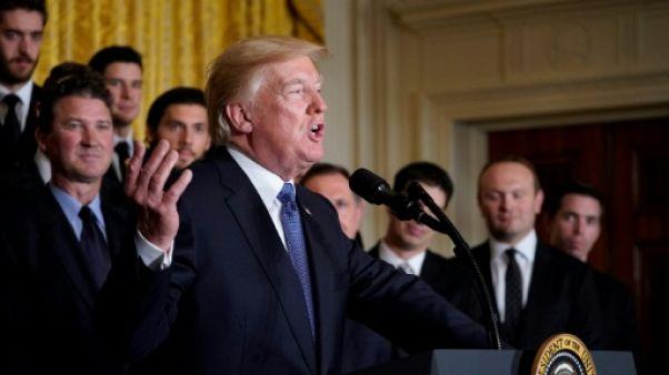 Trump met son secrétaire d'Etat au défi d'un test de QI