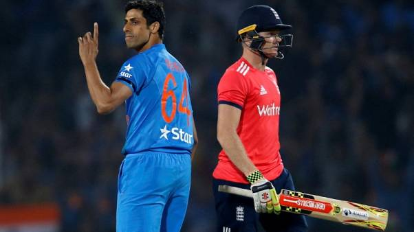 India's Nehra to retire from internationals - reports