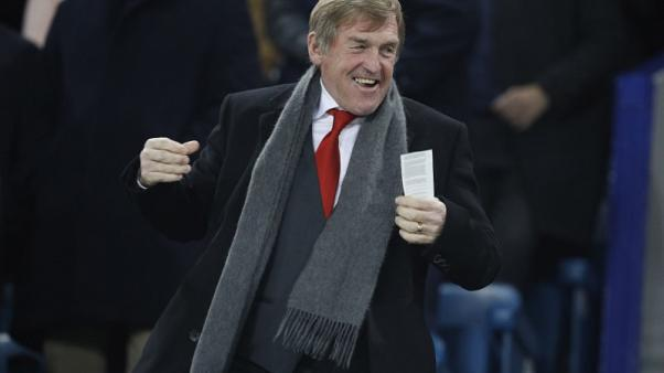 Dalglish expects defensive United against Liverpool