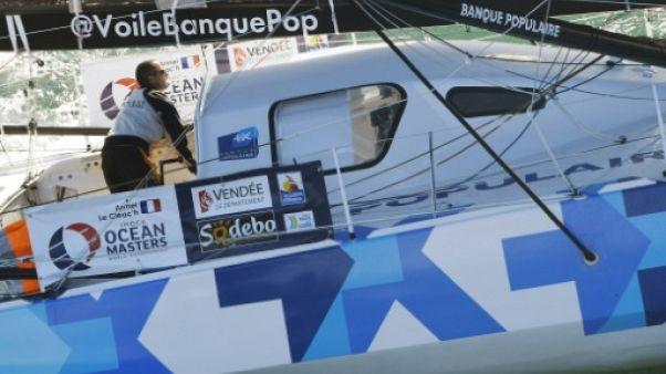 Voile: la mise à l'eau du tout nouveau bateau de Armel Le Cléac'h reportée
