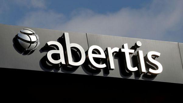 Exclusive - Atlantia ready to raise Abertis' bid to beat ACS: sources