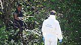 Ragazza trovata ferita in parco, grave