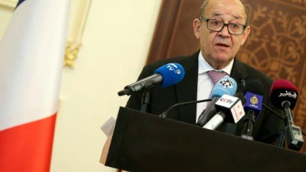 """Nucléaire: Paris veut sauver l'accord, promet un """"dialogue musclé"""" avec l'Iran"""