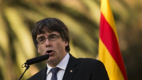 Catalogne: Puigdemont sous pression de déclarer l'indépendance