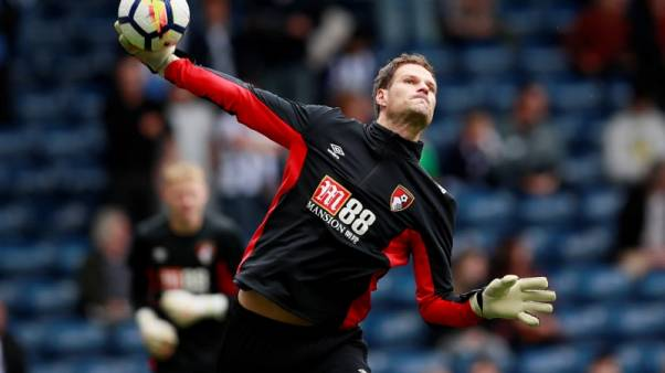 Begovic wants Bournemouth to keep 'plugging away'