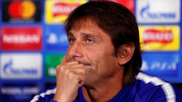 Conte left to weigh up risks as Chelsea stretched thin