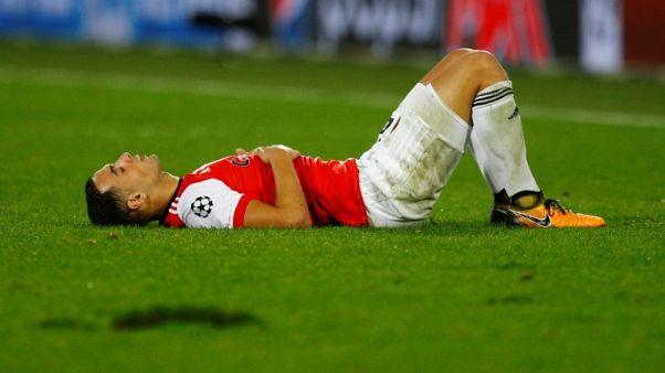 Soccer-Feyenoord coach bullish despite Champions League setbacks