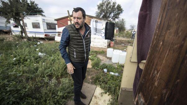 Salvini, ruspe per campo Castel Romano