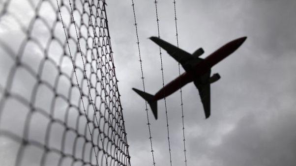 Australian senate rejects proposed visa, citizenship curbs