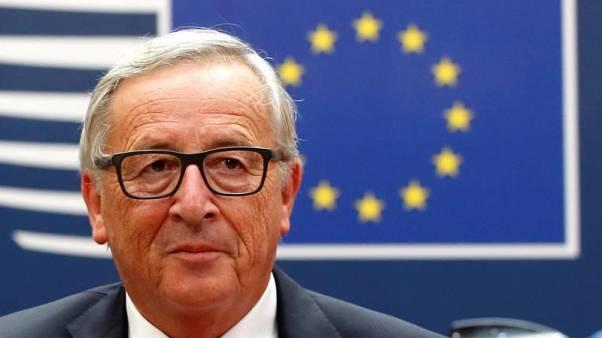 Juncker puts on charm over scallops for eurosceptic eastern EU states