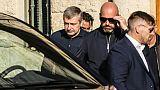 Le milliardaire russe et président du club de foot de l'AS Monaco Dimitri Rybolovlev quitte le tribunal, le 19 octobre 2017 à Monaco