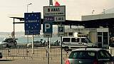 Migranti tentano espatrio passando fogna