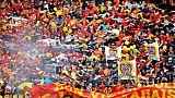 Ligue 2: banderole polémique à Lens, après la chute d'une barrière à Amiens