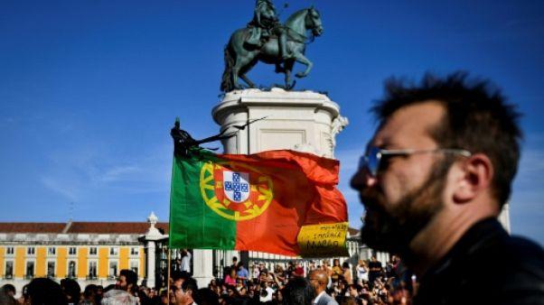 Au Portugal, tristesse et colère après les feux de forêt meurtriers