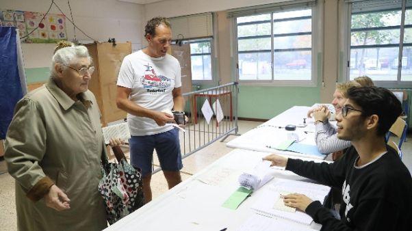 Referendum Veneto, alle 12 affluenza 21%