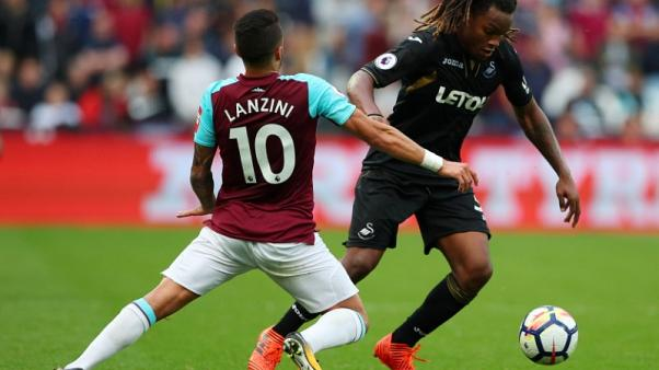 Swansea's Sanches to miss United game, doubt for Arsenal trip