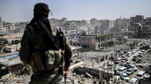 Syrie: 14 morts dans l'explosion de mines laissées par l'EI à Raqa