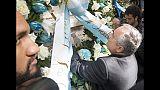 Gettati nel Tevere i fiori della Lazio
