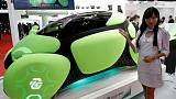 Tokyo concept car aims to fend off dents with external airbags