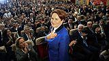 """La """"dame de fer"""" turque défie Erdogan avec un nouveau parti"""