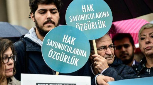 Turquie: maintien en détention d'un responsable d'Amnesty