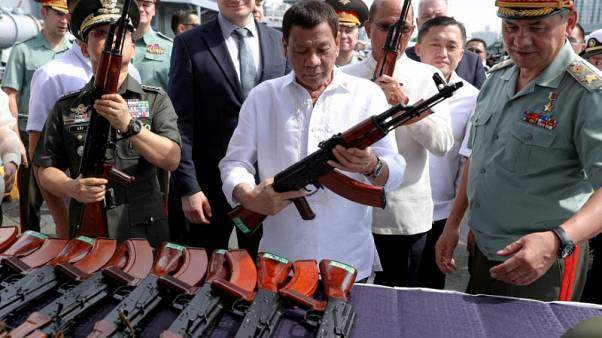 Philippines' Duterte orders army to recruit 10 new battalions to crush militants