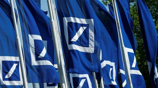 Deutsche Bank sets course for higher bonuses - source