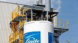Linde beats profit expectations, misses on sales