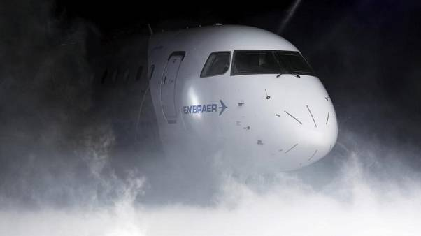 Embraer warns of weaker 2018 due to E2 transition