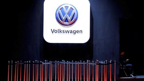 Extent of Volkswagen emissions cheating discussed earlier than known - Spiegel