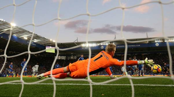 Leicester hand Puel winning start as Everton's woes continue