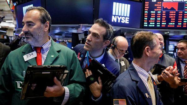 U.S., European stocks edge higher despite U.S. tax-cut doubts