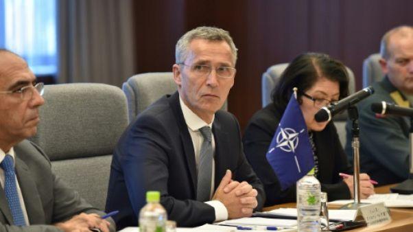"""Corée du Nord: à Tokyo, le chef de l'OTAN plaide de nouveau pour un """"règlement pacifique"""" de la crise"""