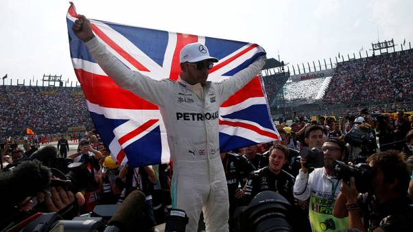 Hamilton favourite for 2018 title and knighthood