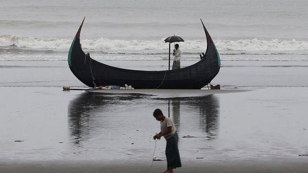 Four Rohingya drown as refugee boat capsizes off Bangladesh