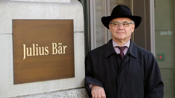 Exclusive - Swiss prosecutors seek widening of secrecy law to bankers abroad