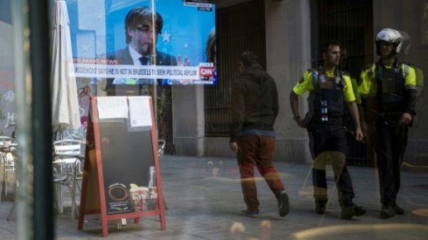 Catalogne: suspense sur la comparution de Puigdemont devant la justice