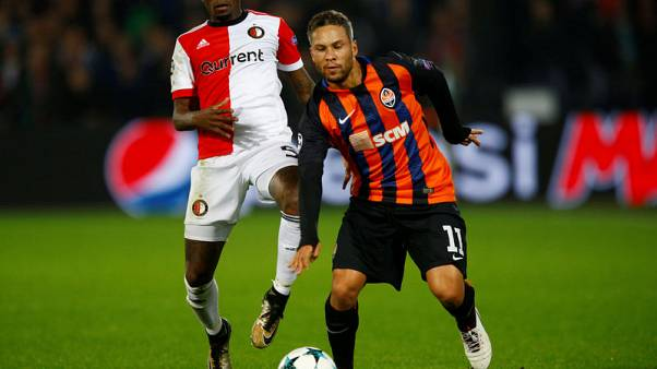 Marlos double powers Shakhtar closer to knockout stages