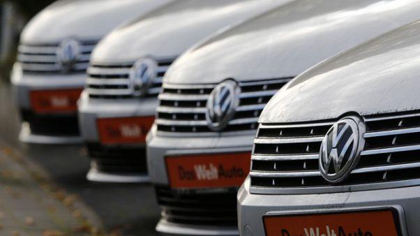 German car sales rise 3.9 percent in October