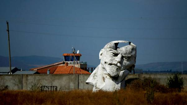 Monuments to Lenin remain 100 years after Russian Revolution