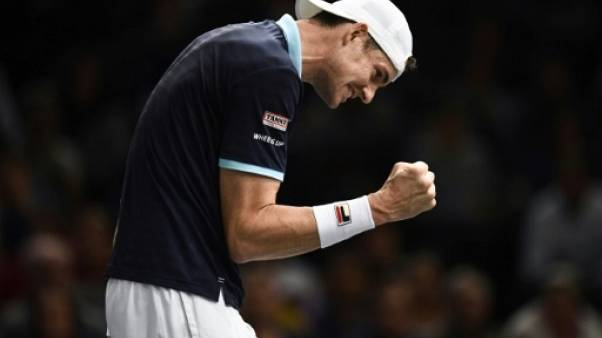 Tennis: Isner en quart à Paris-Bercy en renversant Dimitrov