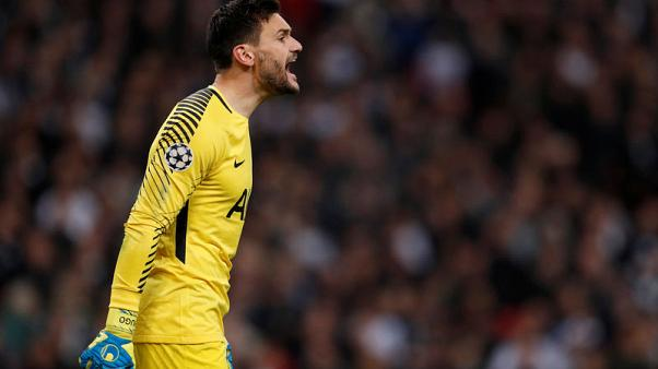Tottenham and France keeper Lloris out for at least two weeks