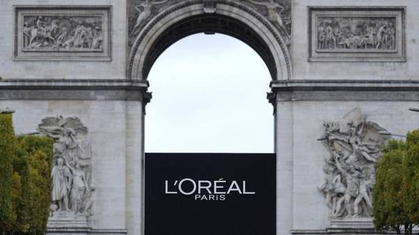 Luxury cosmetics help sales pick-up at L'Oreal
