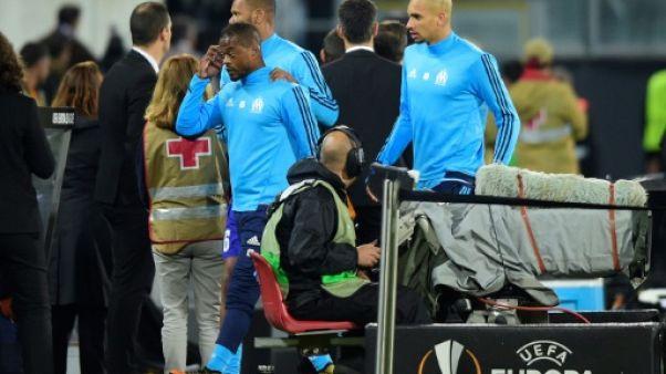 C3/Marseille - Evra exclu après un coup de pied à un supporter